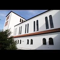 Detmold, Heiig-Kreuz-Kirche, Außenansicht von der Seite