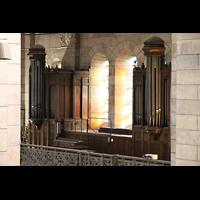 Paris, Basilique du Sacré-Coeur (Hauptorgel), Seitenorgel von der Hauptorgelempore aus gesehen