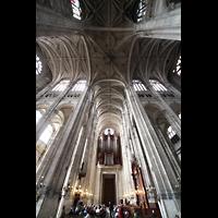 Paris, Saint-Eustache, Blick in die Vierung und zur Orgel