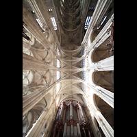 Paris, Saint-Eustache, Blick ins Gewölbe und zur Orgel