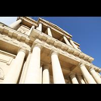 Paris, Saint-Louis des Invalides (Cathédrale aus Armes), Säulen an der Fassade