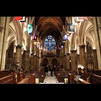 Paris, Cathédrale Américaine (Holy Trinity Cathedral), Innenraum in Richtung Rückwandorgel