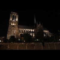 Paris, Cathédrale Notre-Dame (Hauptorgel), Seitenansicht bei Nacht