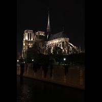 Paris, Cathédrale Notre-Dame (Hauptorgel), Gesamtansicht bei Nacht