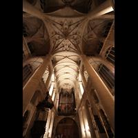 Paris, Saint-Étienne-du-Mont, Blick in die Vierung und zur Orgel
