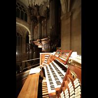Paris, Saint-Étienne-du-Mont, Spieltisch und Orgel