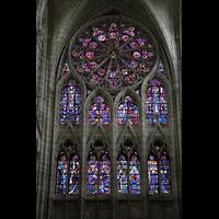 Soissons, Cathédrale Saint-Gervais et Saint-Protais, Bunte Glasfenster im nördlichen Querhaus