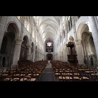 Laon, Cathédrale Notre-Dame, Hauptschiff in Richtung Orgel