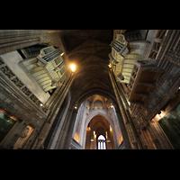 Liverpool, Anglican Cathedral (Hauptorgelanlage), Blick im Chor nach oben zur Orgel