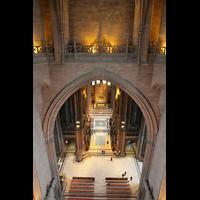 Liverpool, Anglican Cathedral (Hauptorgelanlage), Blick vom Kuppelumgang in die Vierung und den Chorraum