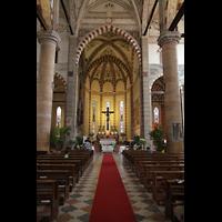 Verona, Basilica di S. Anastasia, Hauptschiff