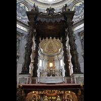 Roma (Rom), Basilica S. Pietro (Petersdom), Baldachin über dem Hauptaltar und Petrusgrab von Bernini