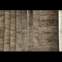 Roma (Rom), Basilica S. Pietro (Petersdom), Säulen (Kolonnaden) auf dem Petersplatz