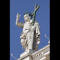 Roma (Rom), Basilica S. Pietro (Petersdom), Christusstatue auf der Fassade des Petersdoms