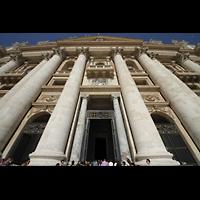Roma (Rom), Basilica S. Pietro (Petersdom), Fassade perspektivisch