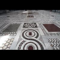 Roma (Rom), Basilica San Giovanni in Laterano (Linke Chororgel), Marmorfußboden mit Einlegearbeiten