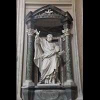 Roma (Rom), Basilica San Giovanni in Laterano (Linke Chororgel), Petrus-Statue