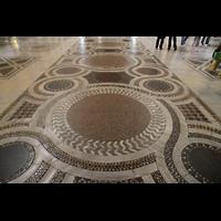 Roma (Rom), Basilica S. Maria Maggiore, Marmorfußboden mit Einlegearbeiten