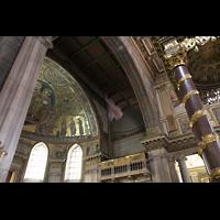 Roma (Rom), Basilica S. Maria Maggiore, Blick zum rechten Orgelraum und in die Apsis