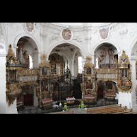 Muri, Klosterkirche (Chorpositiv), Blick von einer Seitenempore zur Evangelien- und Epistelorgel