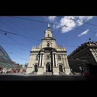 Bern, Heilig-Geist-Kirche, Fassade mit Turm