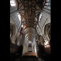 Bern, Münster St. Vinzenz (Forschungsorgel), Chorgewölbe und Blick zu den Orgeln