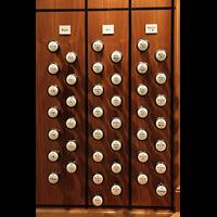 Zürich, Tonhalle, Linke Registerstaffel am Spieltisch