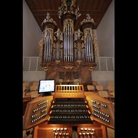 Aarau, Stadtkirche, Große Orgel mit Spieltisch
