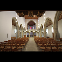 Aarau, Stadtkirche, Innenraum in Richtung Chor