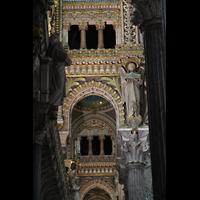 Lyon, Notre-Dame de Fourvière, Bögen im Seitenschiff