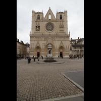 Lyon, Cathédrale Saint-Jean (Chororgel), Fassade und Vorplatz