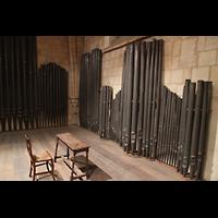 Bordeaux, Sainte-Croix, Altes, nicht mehr restaurierfähiges Pfeifenmaterial