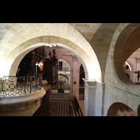 Bordeaux, Notre-Dame (Hauptorgel), Blick von der Seitenempore zur Orgelempore