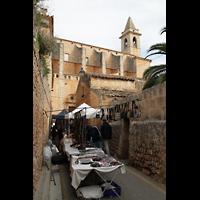 Santanyí (Mallorca), Sant Andreu, Seitenschiff mit Turm