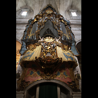 Santanyí (Mallorca), Sant Andreu, Orgel mit reich verzierter Empore