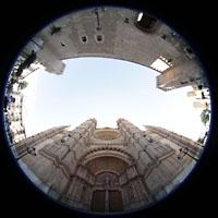 Palma de Mallorca, Catedral La Seu, Fassade der Kathedrale und gegenüber der Palau Reial de l'Almudaina