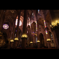 Palma de Mallorca, Catedral La Seu, Innenraum in Richtung Südosten