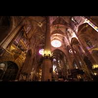 Palma de Mallorca, Catedral La Seu, Blick zur Hauptorgel und zum Chor