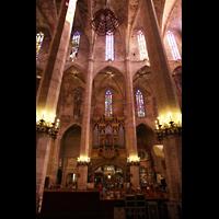 Palma de Mallorca, Catedral La Seu, Orgelempore im nördlichen Seitenschiff