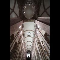 Speyer, Kaiser- und Mariendom, Blick in den Vierungsturm und ins Hauptschiff
