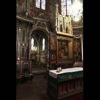 Strasbourg (Straßburg), Saint-Pierre-le-Jeune Protestant, Chor mit Altar und Engelskapelle mit Taufengelsfigur