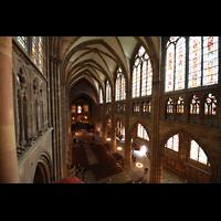 Strasbourg (Straßburg), Cathédrale Notre-Dame - Münster (Kapellenorgel), Blick vom Schwalbennest des Hauptorgel ins Hauptschiff