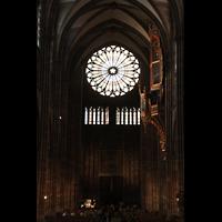 Strasbourg (Straßburg), Cathédrale Notre-Dame - Münster (Kapellenorgel), Blick vom Chorraum zur Hauptorgel und großen Rosette