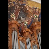Ebersmunster (Ebersmünster), Église Abbatiale (Abteikirche), Orgelspieler als Deckengemälde über der Orgel