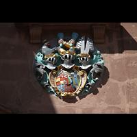 Freudenstadt, Evangelische Stadtkirche (Chororgel), Wappen links über dem Hauptportal
