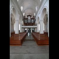 Schramberg (Schwarzwald), St. Maria, Innenraum in Richtung Orgel