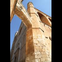 Muro (Mallorca), Sant Joan Baptiste, Verbindungsgang von der Kirche zum Turm