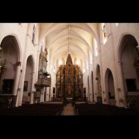 Muro (Mallorca), Sant Joan Baptiste, Innenraum in Richtung Chor