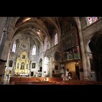 Petra (Mallorca), Sant Pere, Orgel und Chorraum