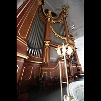 Hamburg, St. Michaelis, ''Michel'' (Krypta-Orgel), Hauptorgel von der Seite